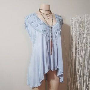 FREE PEOPLE SOFT BABY BLUE FLOWY TOP!